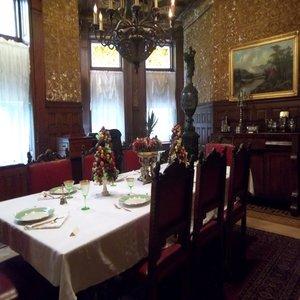 rsz_dining_room